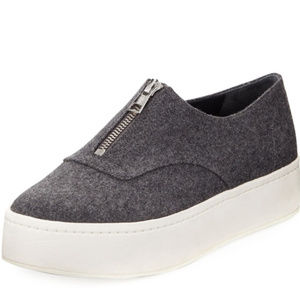 Vince Warner Zip Front Sneaker Shoe US 7.5 EU 37.5